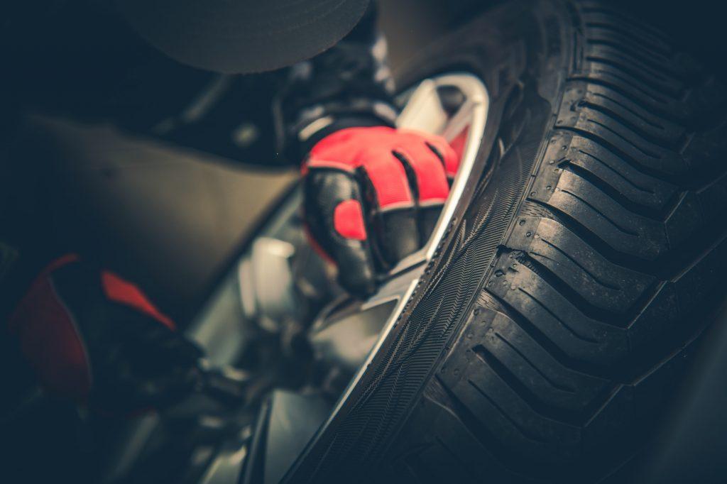Vulcanizer Tire Repair Job